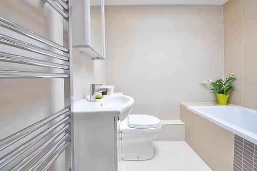 listwy przypodłogowe do łazienki wilgocioodporne